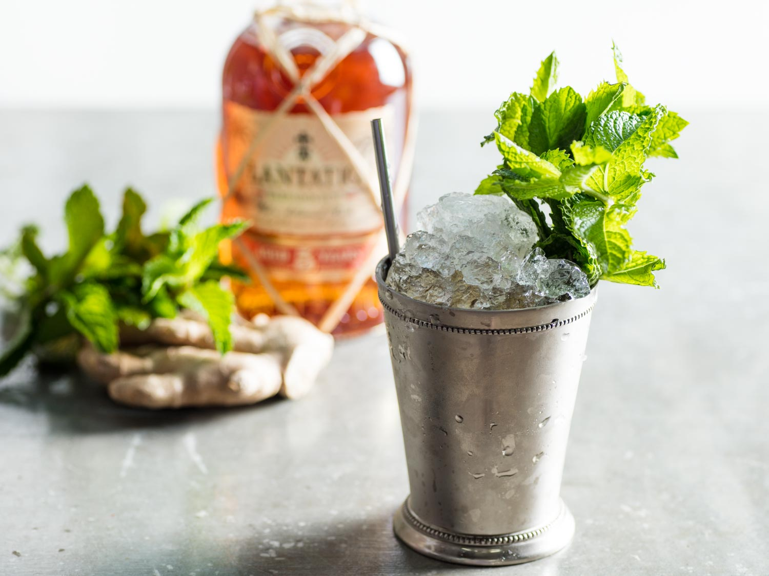 Dark and Stormy Julep Cocktail (With Ginger and Rum)