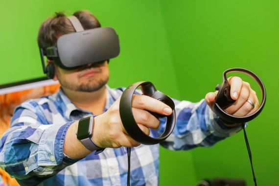 Oculus execs: 'Don't hold your breath' for next-gen VR tech     – CNET
