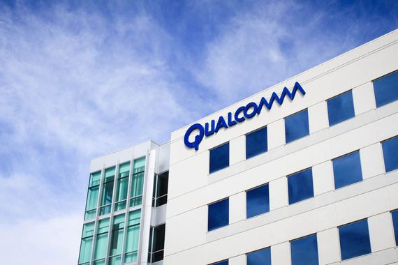 Qualcomm and Apple may be calling for a truce     – CNET