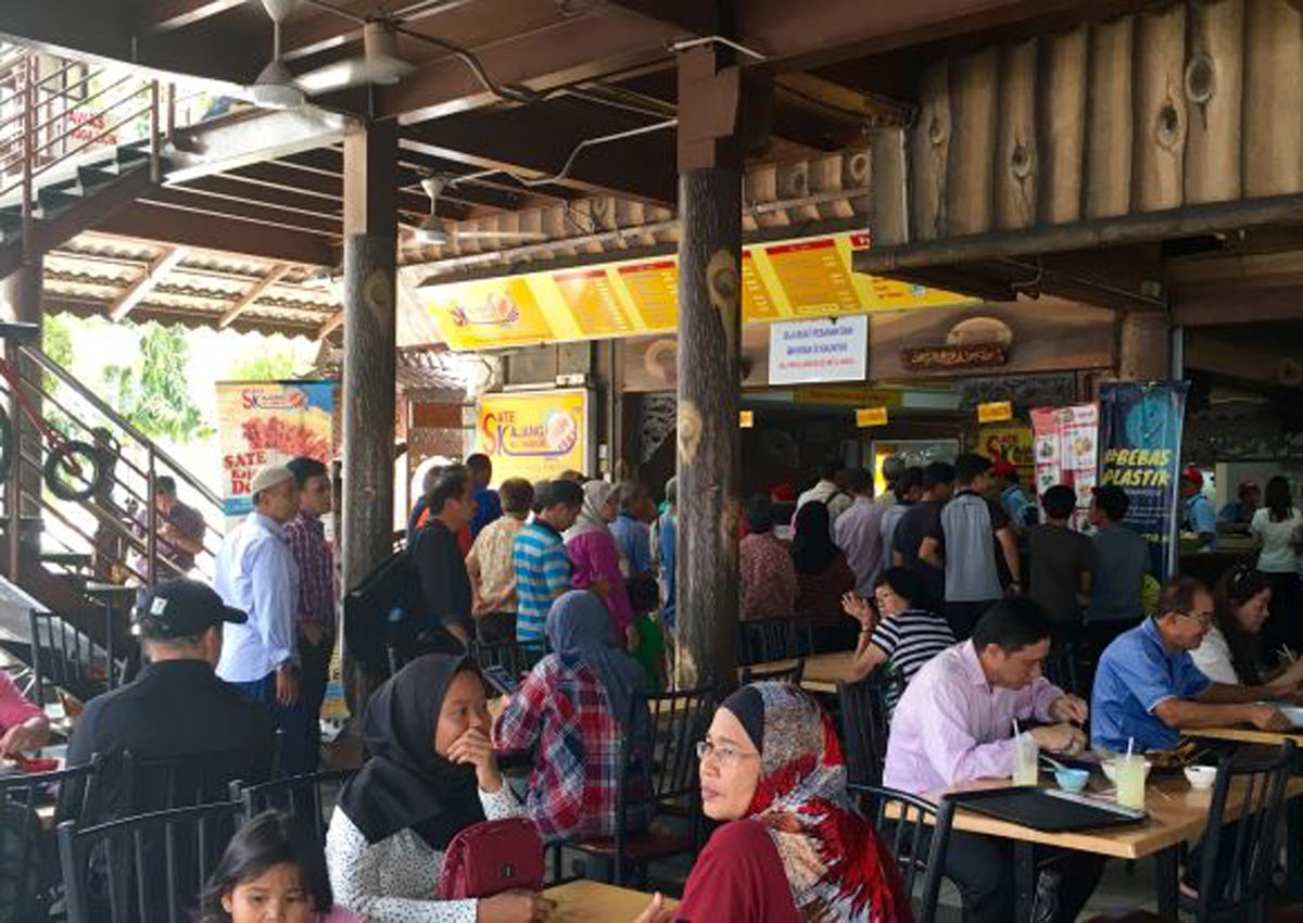 With MRT at the doorstep, Kajang satay stalls see influx of customers