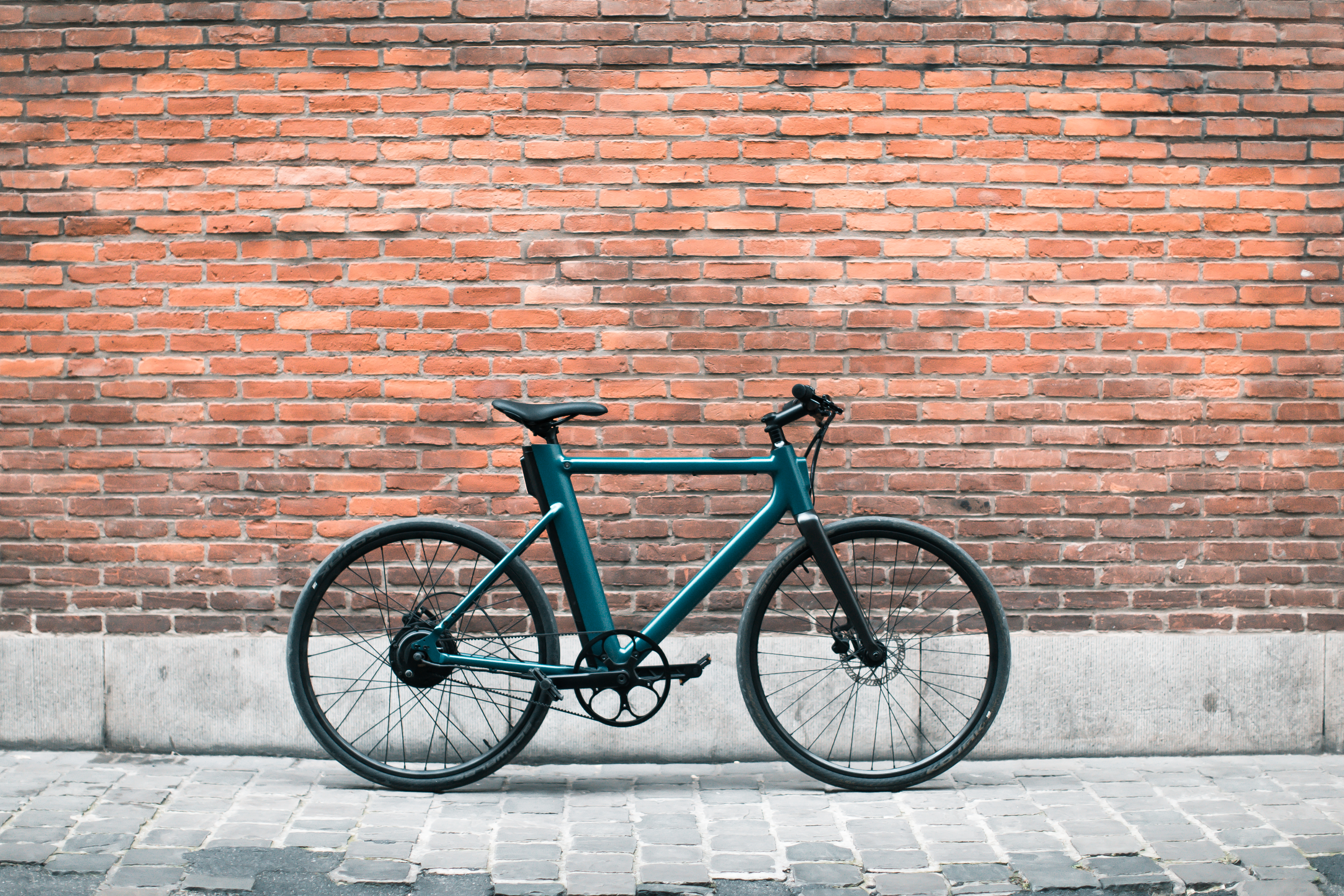 Cowboy is a new e-bike startup from founders of Take Eat Easy