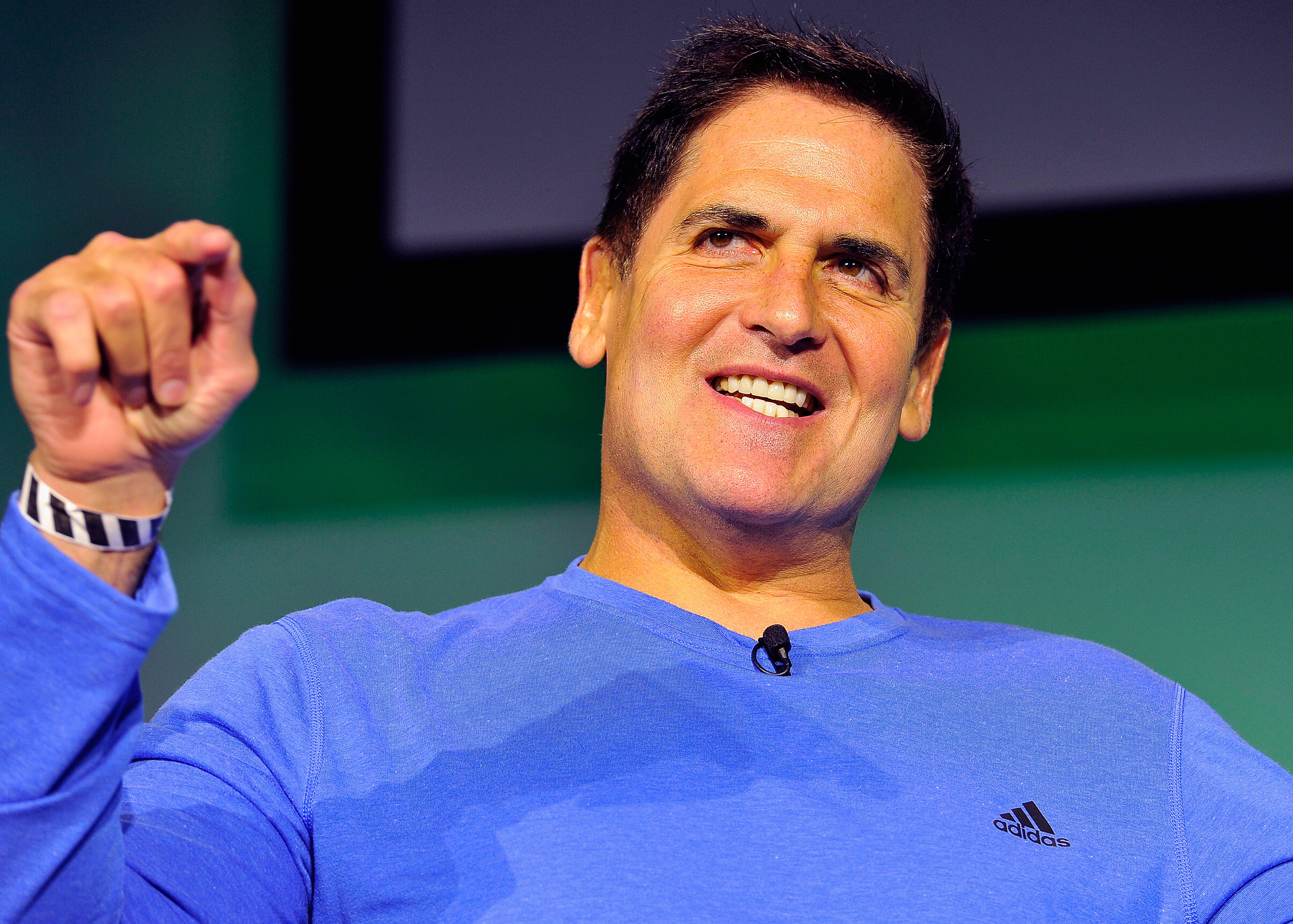 Mark Cuban behind new blockchain messaging platform