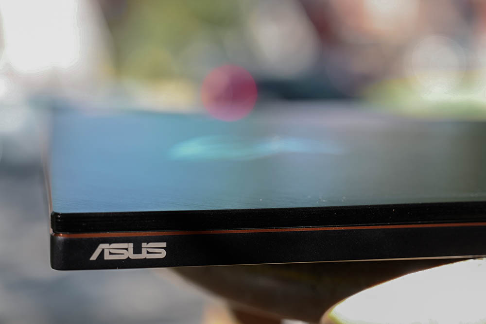 The ASUS ROG Zephyrus is a powerful Max Q laptop with one notable flaw