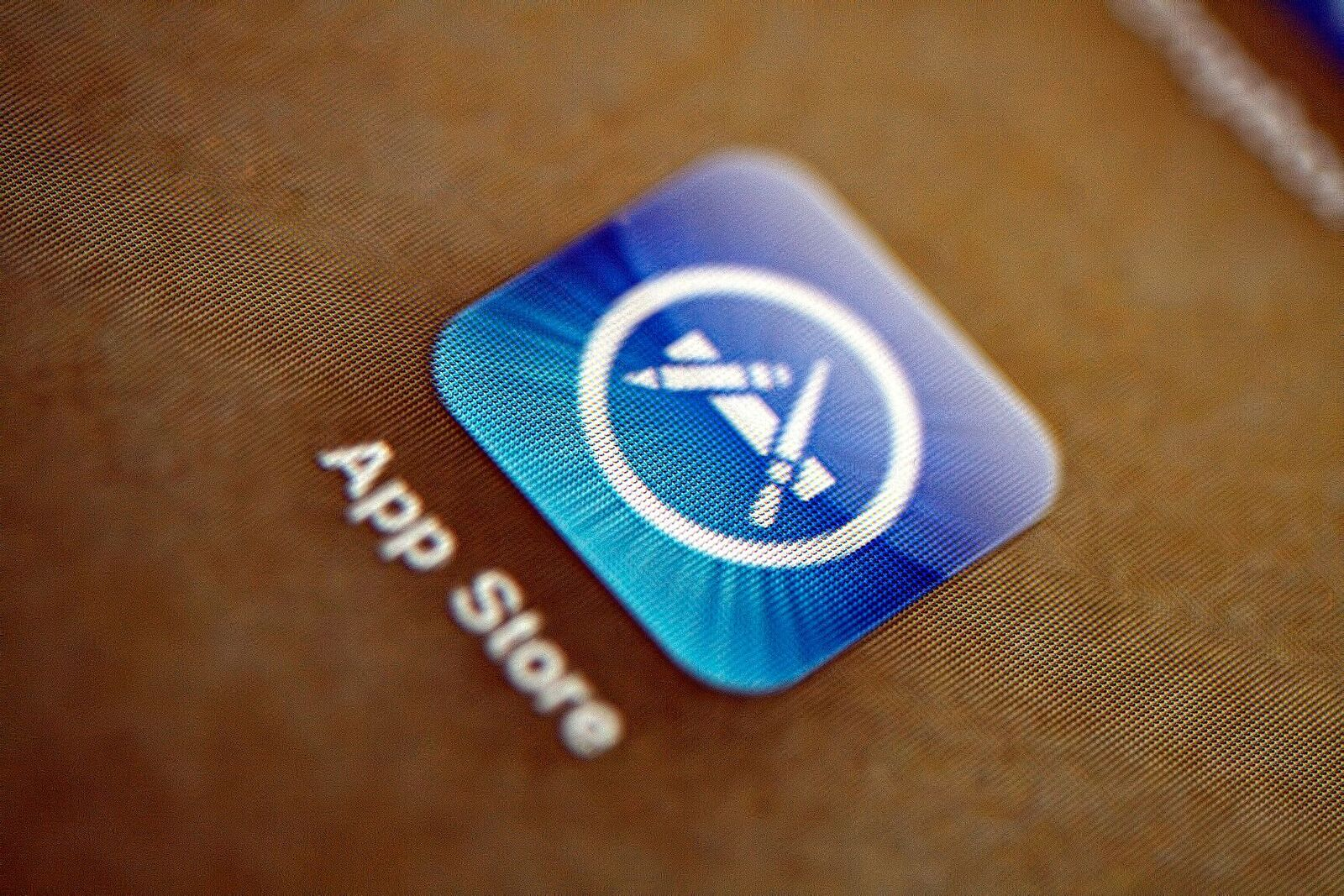 Apple says its developer service was affected by a bug not a security breach