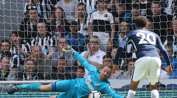 Newcastle goalkeeper Rob Elliot feels mentally stronger after injury battle
