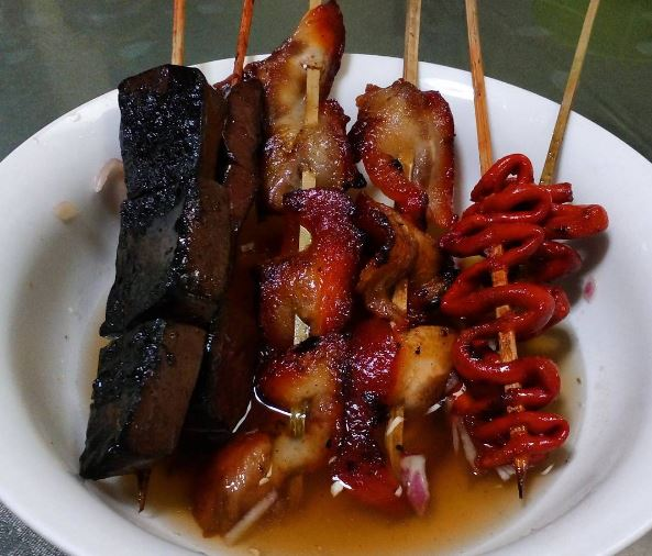 Where to get the best Pinoy street food