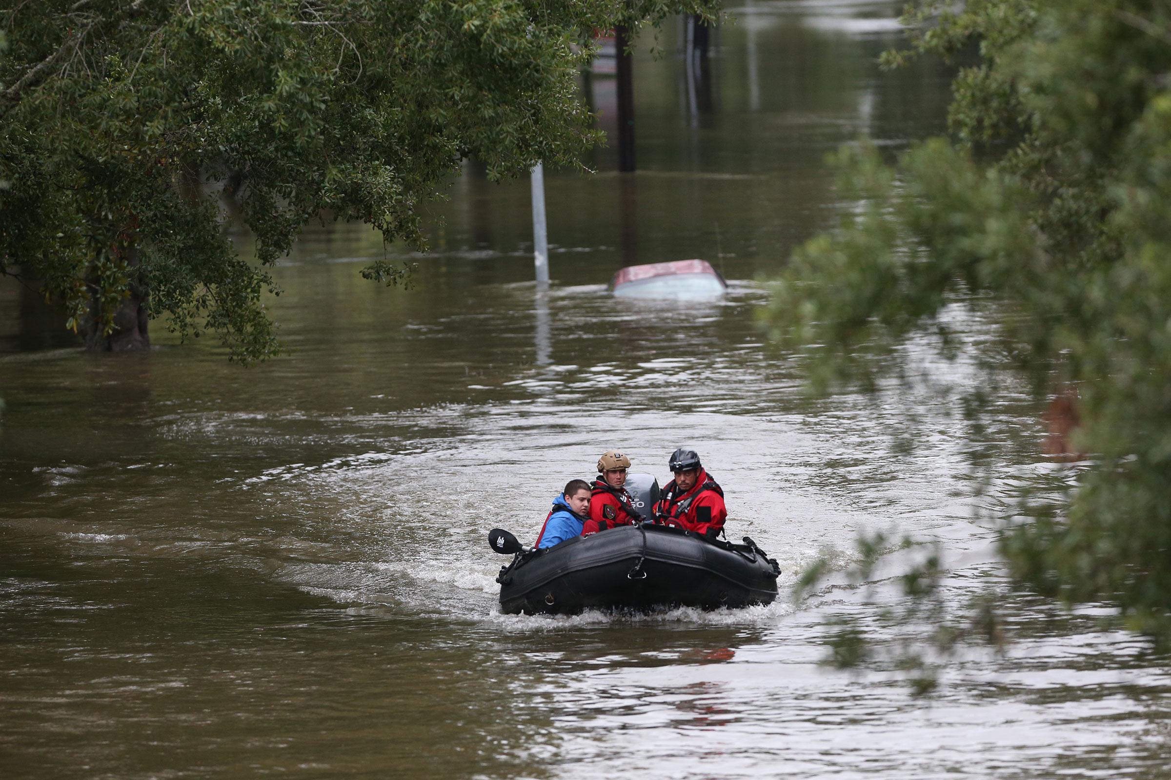 Responding to a month-long string of disasters, RapidSOS makes its rescue and recovery app free