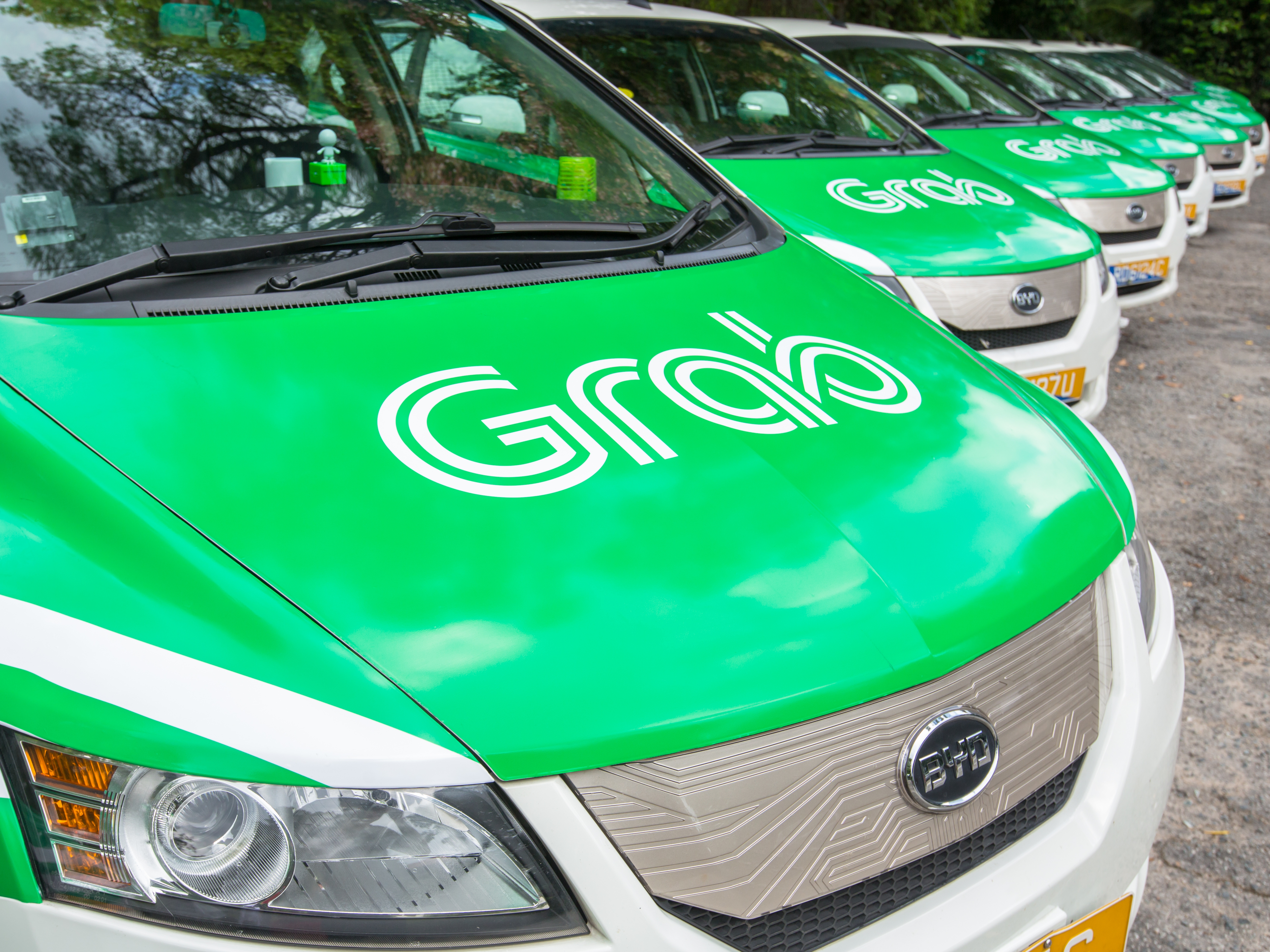 Uber and Grab take their ride on-demand battle to Cambodia
