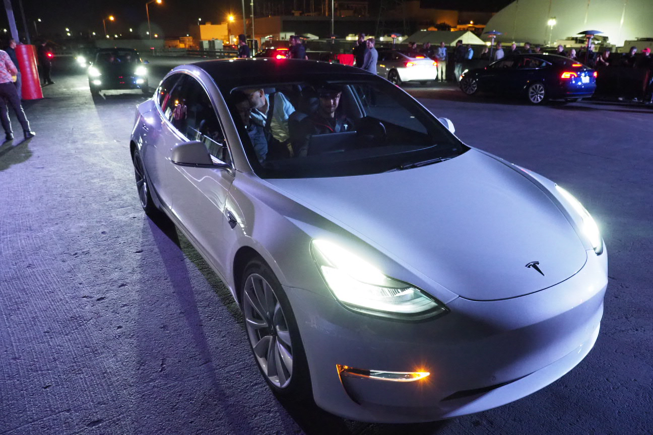 Tesla made only 260 Model 3 cars in Q3, but is 'confident' it can fix bottleneck