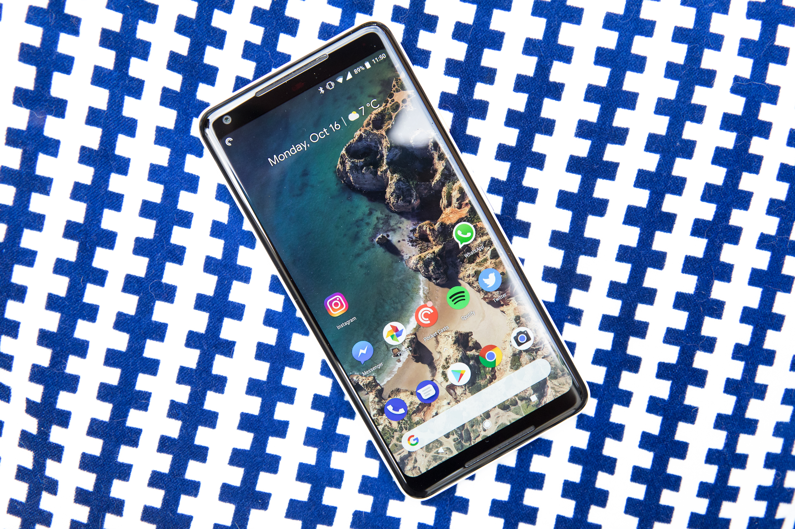 Google 'actively investigating' reports of OLED burn-in issues on Pixel 2 XL displays