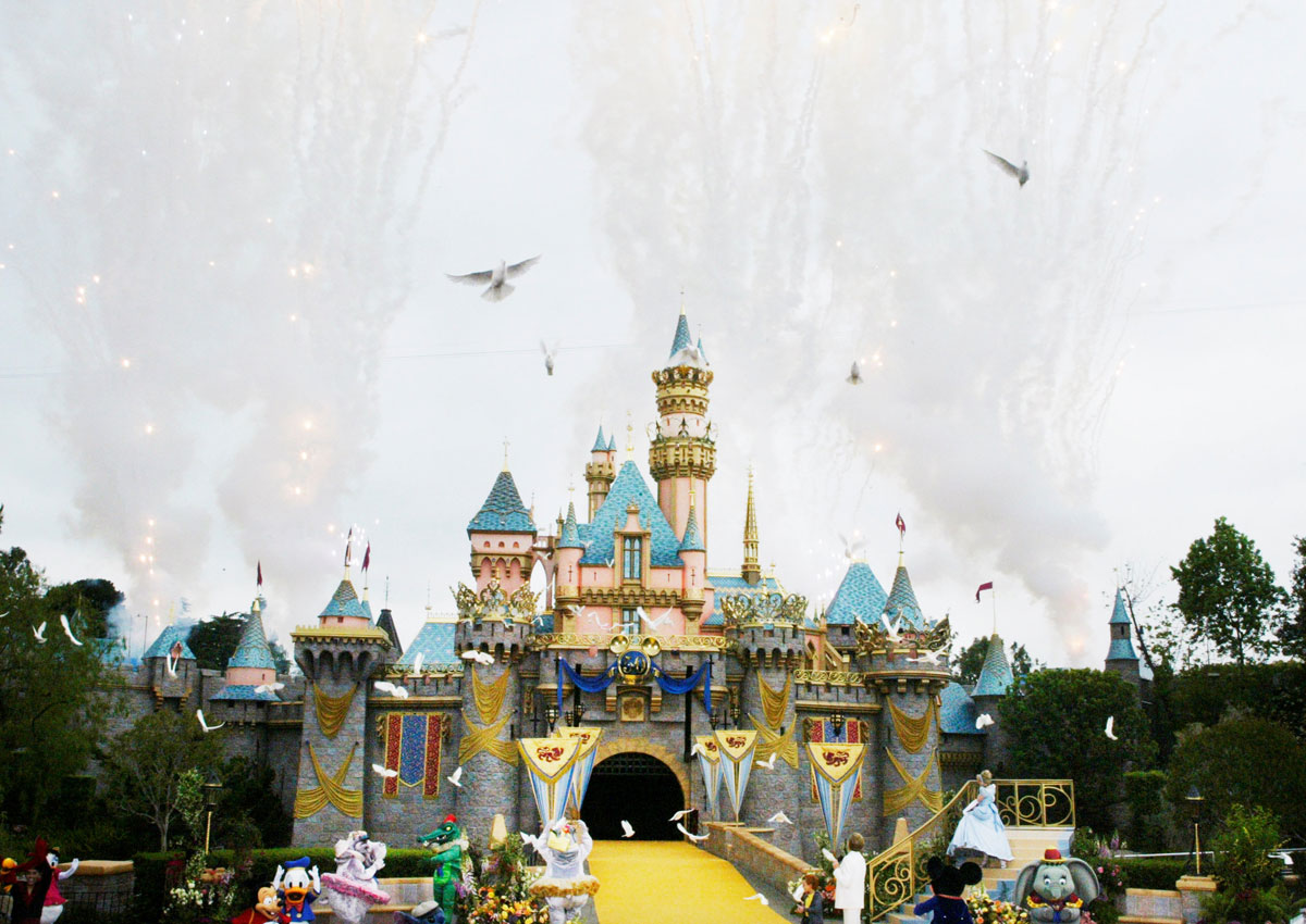 Legionnaires sickens 12 in California, including 9 at Disneyland