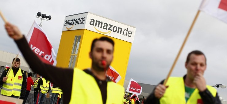 Amazon German, Italian workers protest on Black Friday, dubbed 'Strike Friday'