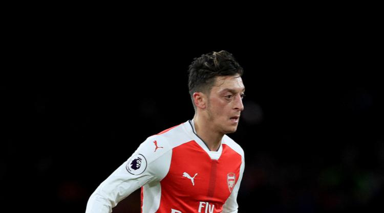 Arsenal Sweating On Mesut Ozil Fitness