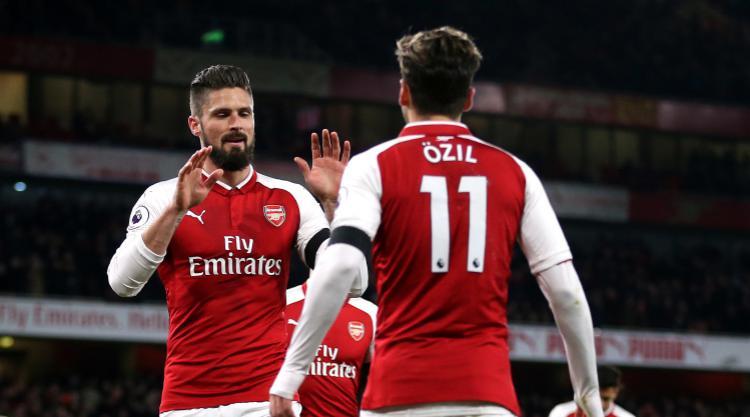 Olivier Giroud: Arsenal need Mesut Ozil