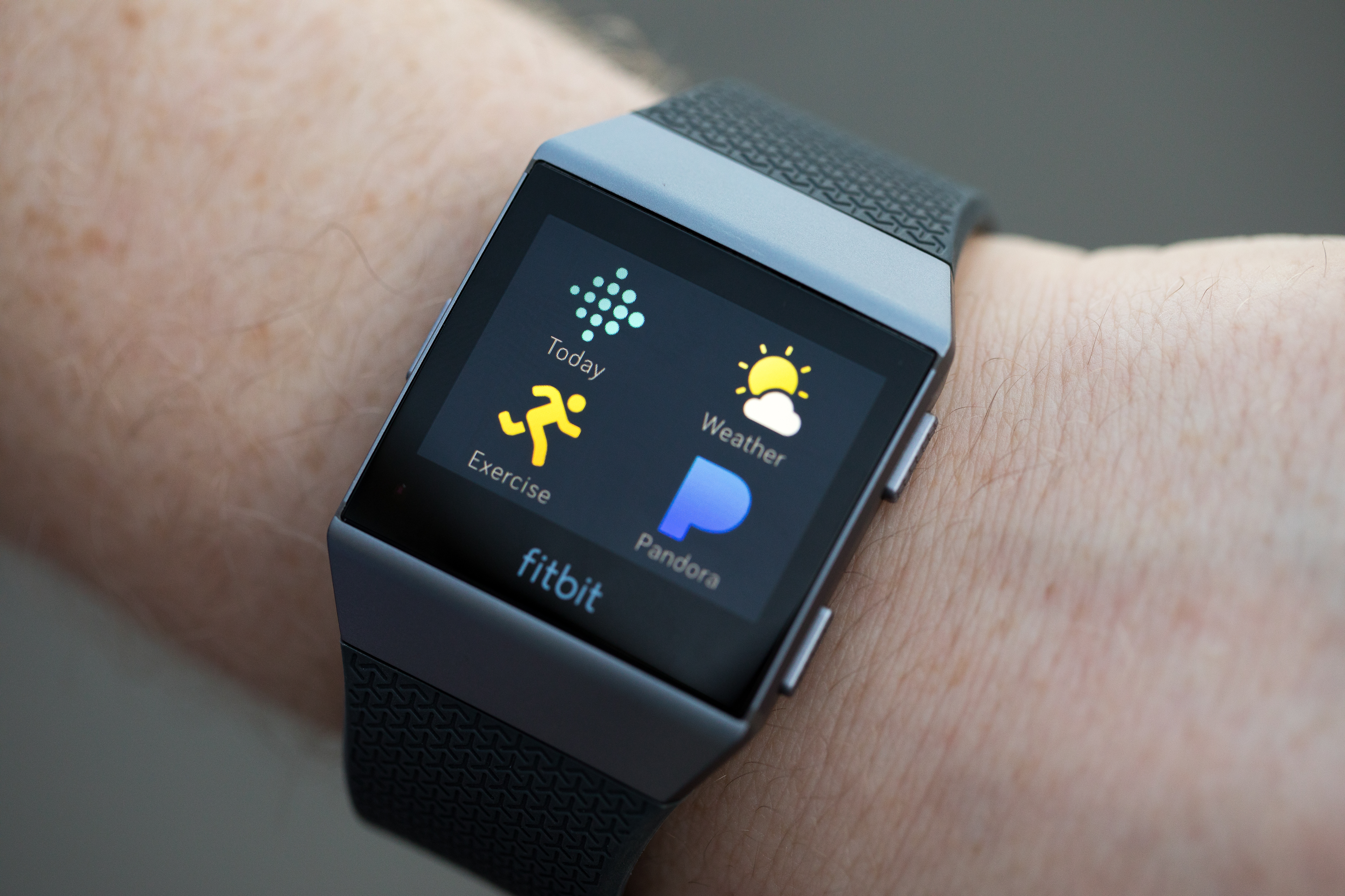 Fitbit's Ionic smartwatch is getting 60 new apps including Yelp, Uber and Deezer