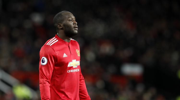Romelu Lukaku answers critics with winner as United bounce back from derby loss