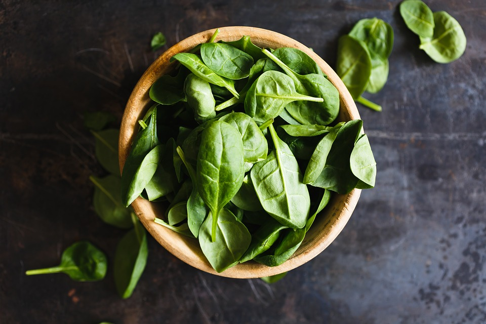 Eating leafy greens may stave off memory loss: study