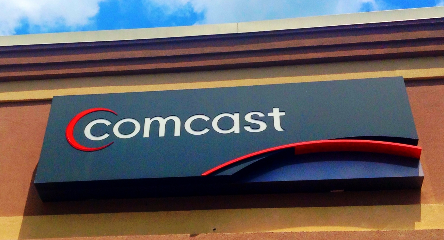 Comcast reiterates a shifting promise of 'no paid prioritization'
