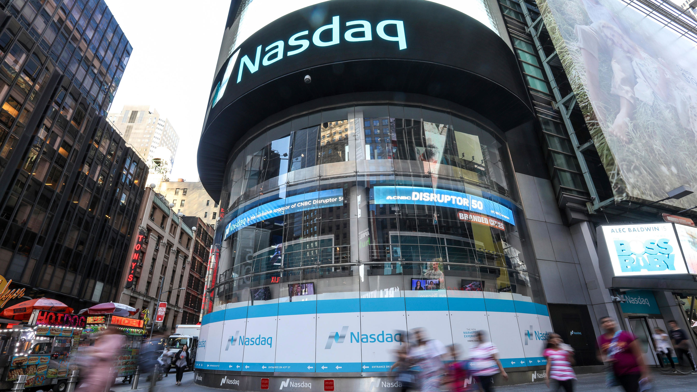 Broadband business Casa Systems up 11%, following downsized IPO
