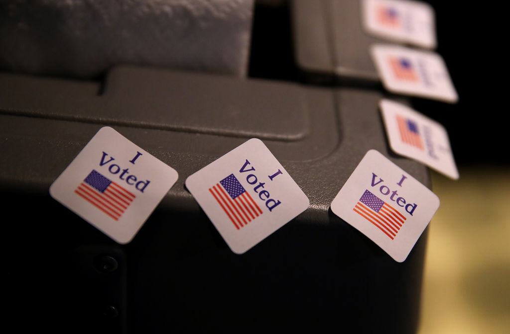 A new bipartisan Senate bill seeks to bolster U.S. election security at the state level