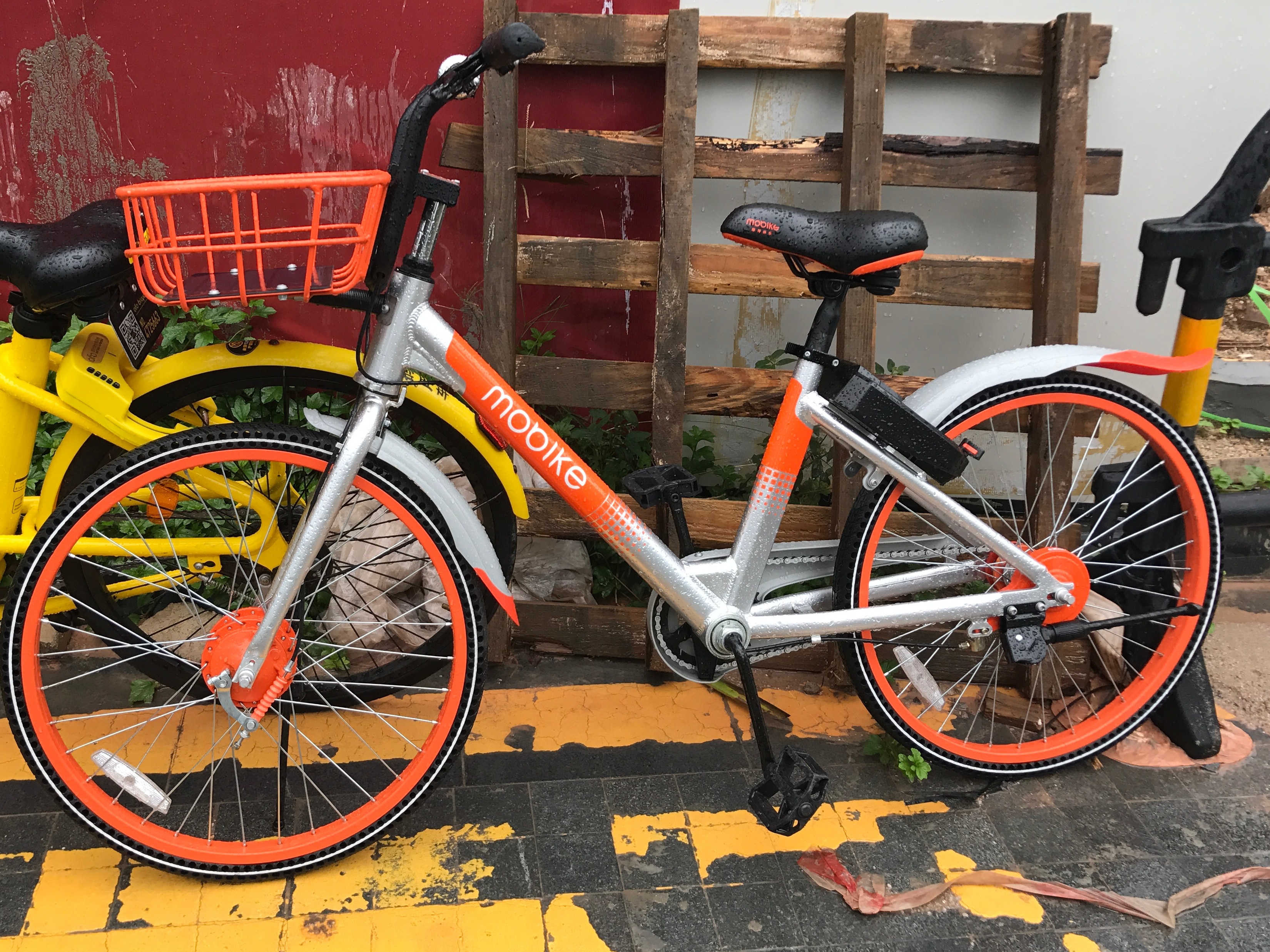 Mobike lands investment from Line to grow its bike-sharing service in Japan