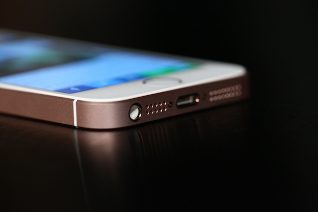France probes Apple over iPhone planned obsolescence complaint