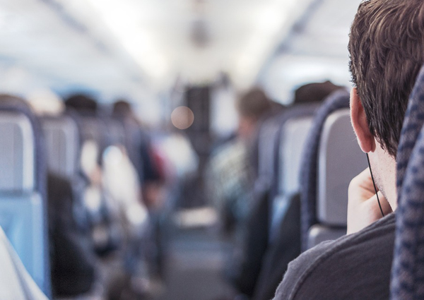 Sick air travellers mostly likely to infect next row: study
