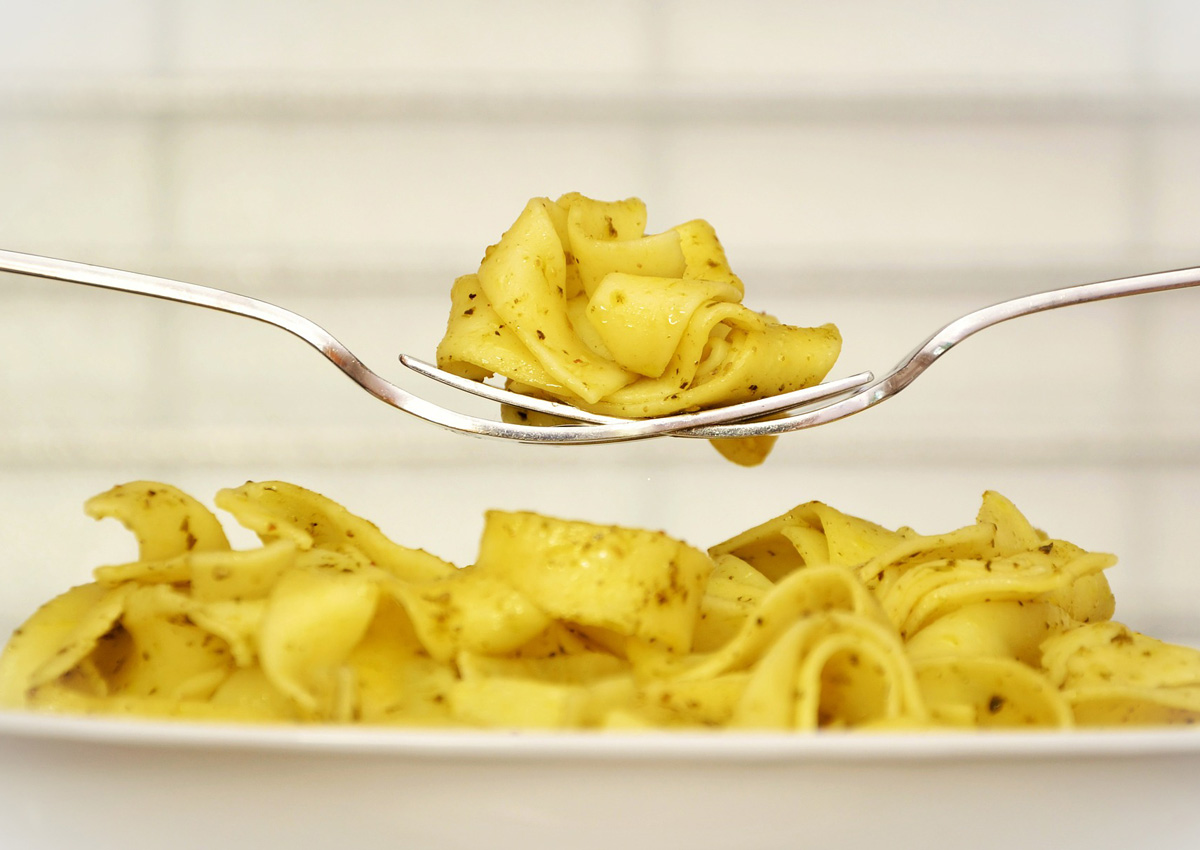 Pasta won't make you fat and can even help you lose weight, says study