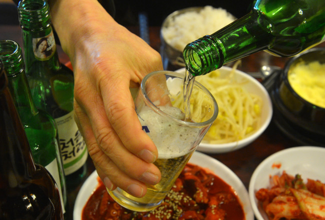 South Korea warns against mixing wasps into soju as a tonic