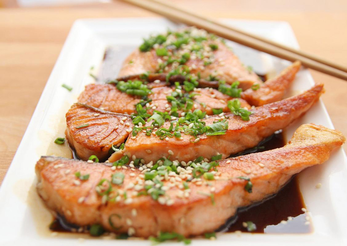 Farmed salmon and wild salmon: Which is healthier?