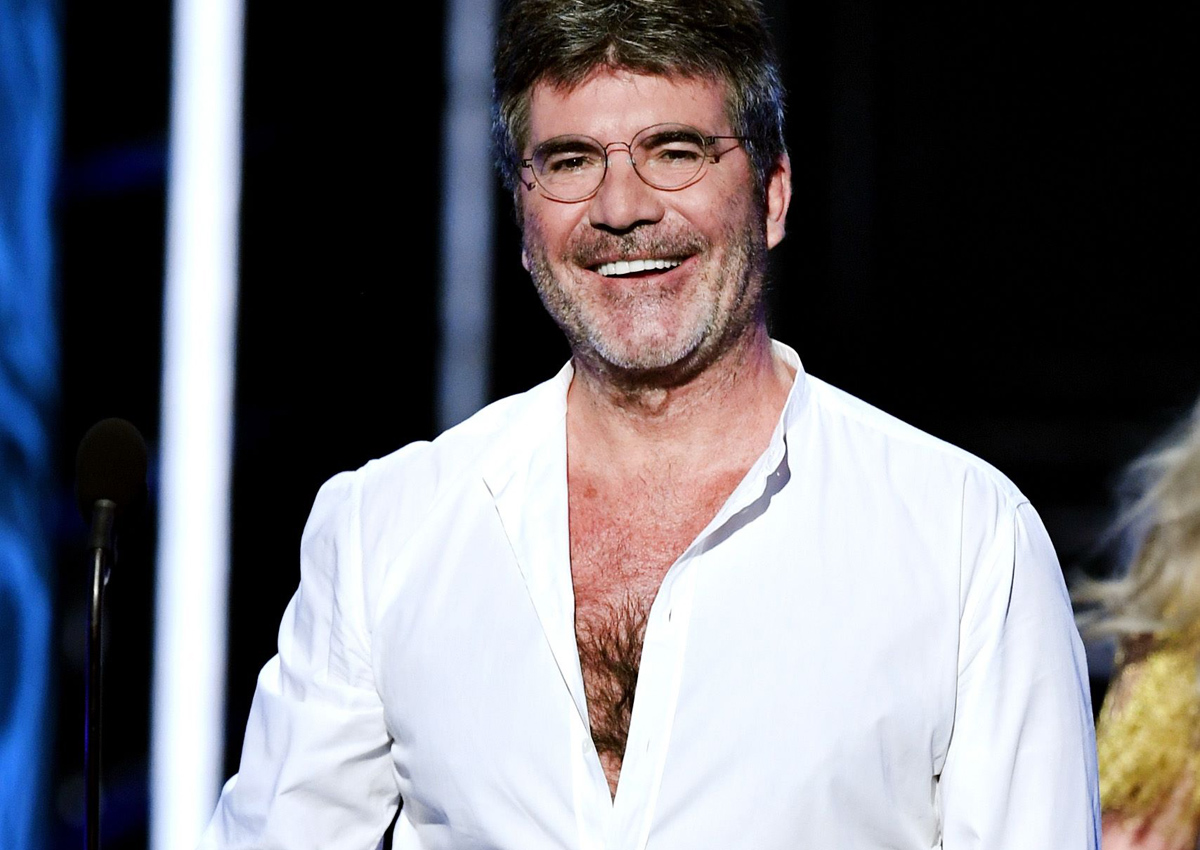 Simon Cowell hasn't used his mobile phone for 10 months, says it's 'so good for my mental health'