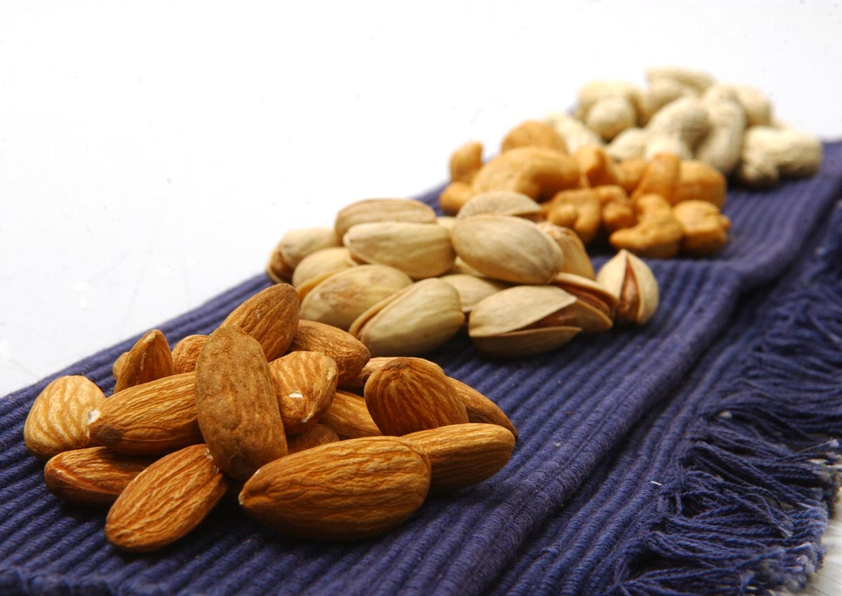 Nuts may boost male fertility: study