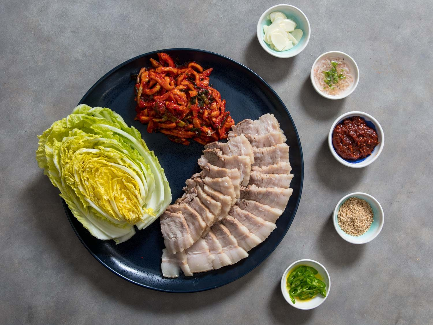Bossam (Korean Boiled-Pork Wraps)