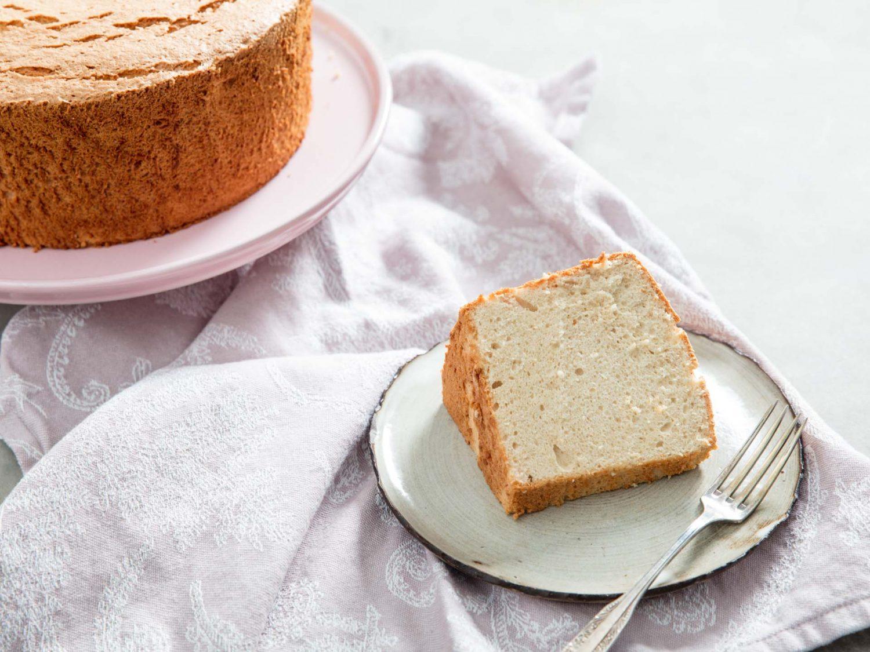 Maple Angel Food Cake
