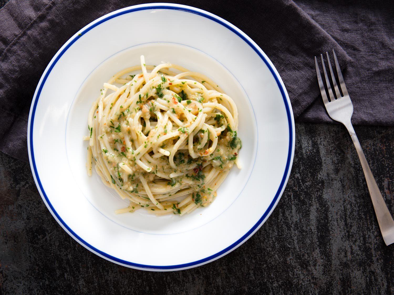 Spaghetti con la Colatura di Alici (Pasta with Colatura)