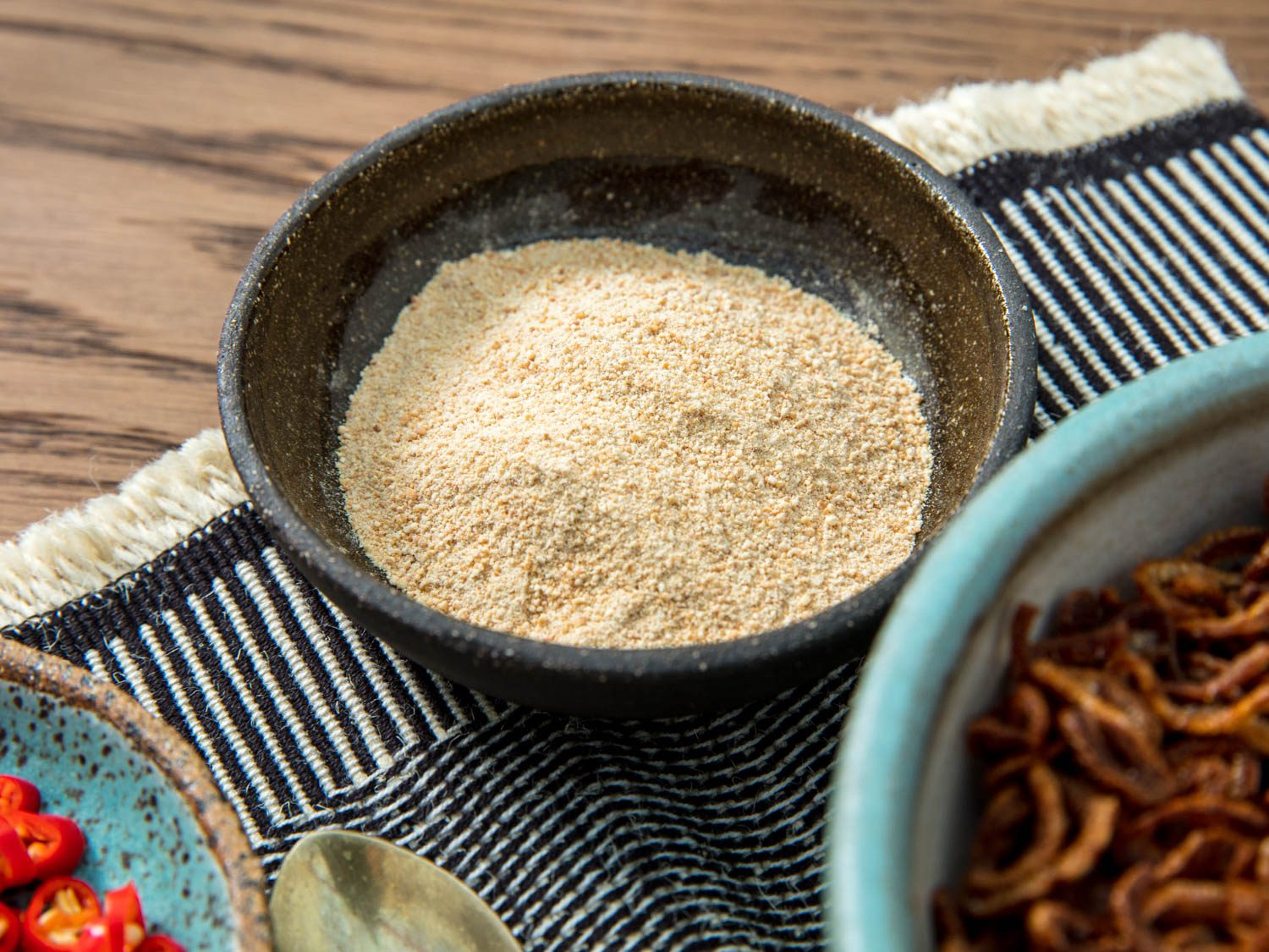 Thai Toasted-Rice Powder (Khao Khua)