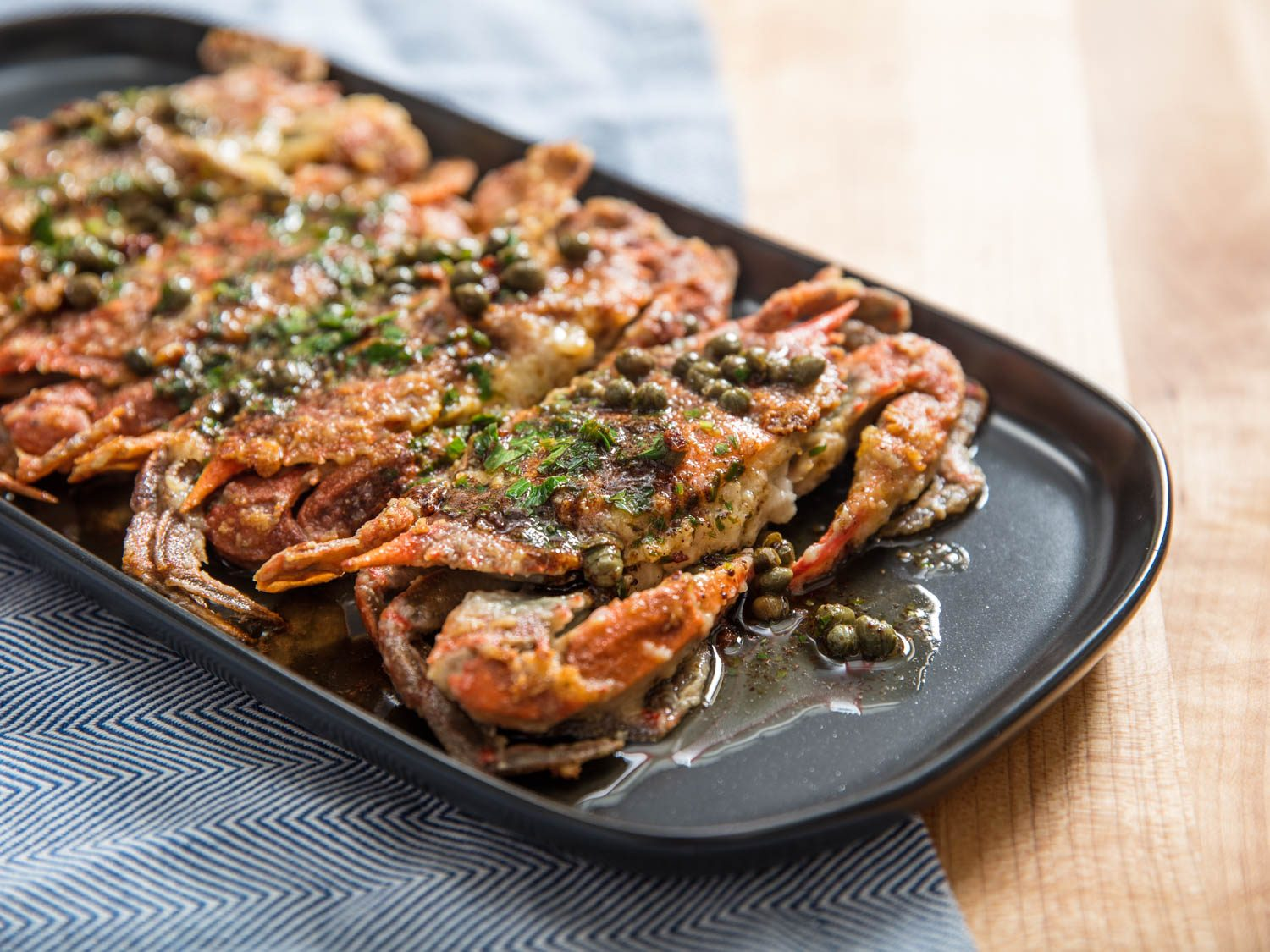 Sautéed Soft-Shell Crabs With Lemon-Butter Pan Sauce