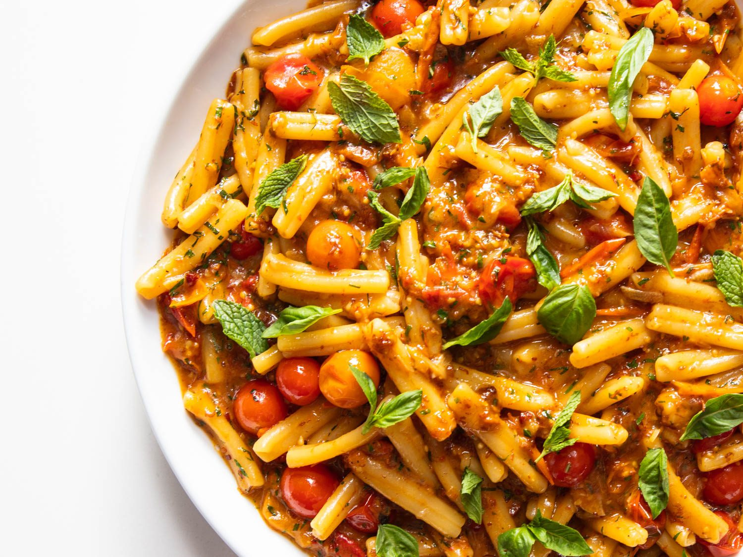 Pasta With Burst Cherry Tomatoes and XO Sauce