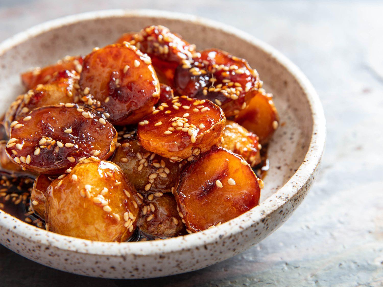 Korean Sweet Soy-Glazed Potatoes (Gamja Bokkeum)