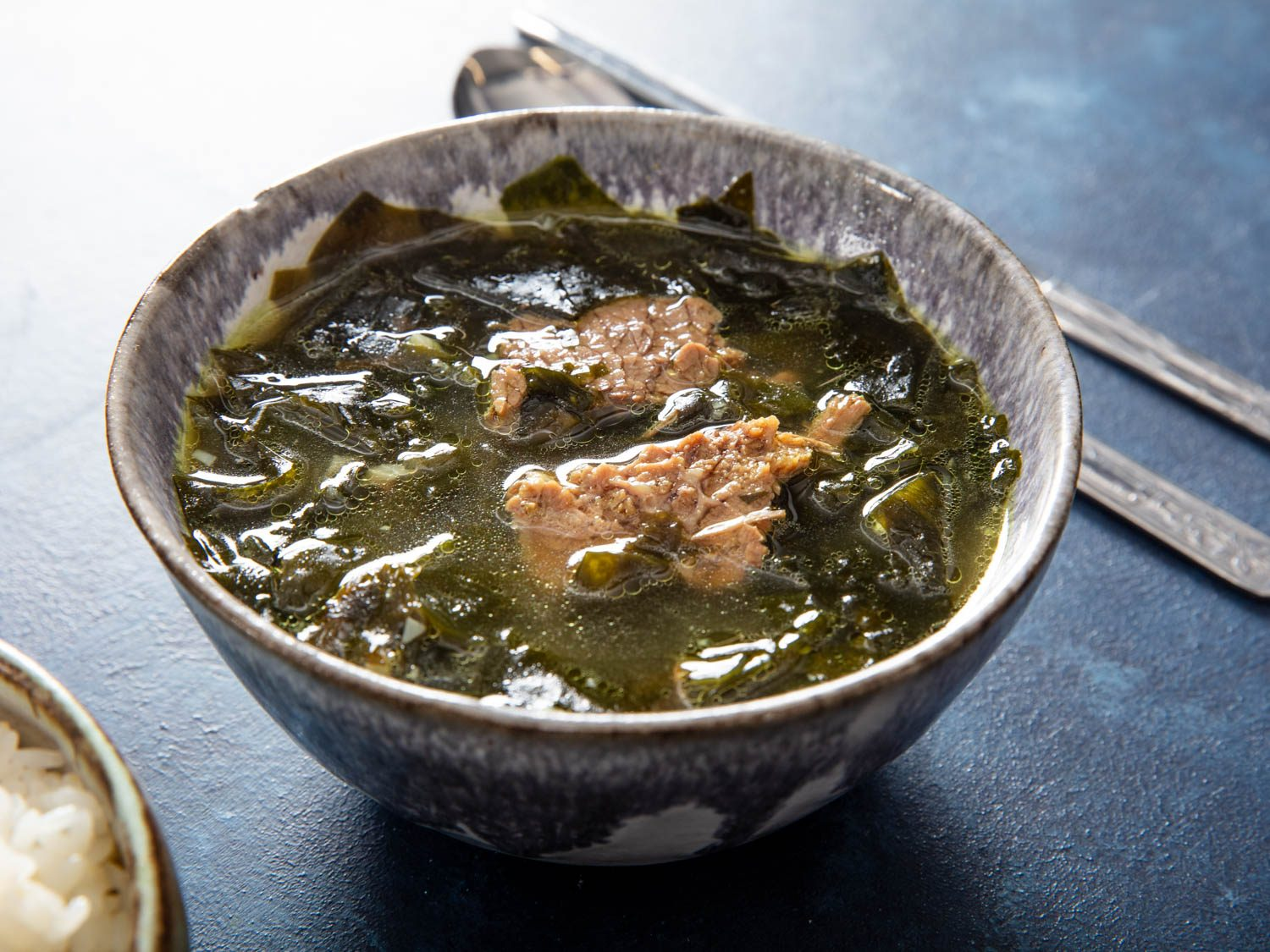 Korean Seaweed and Brisket Soup (Miyeok-Guk)